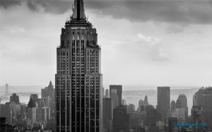 Empire-State-Building-Skyscraper-Black-And-White-Wallpaper-1920x1200