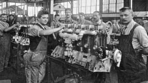 hall-scott-factory