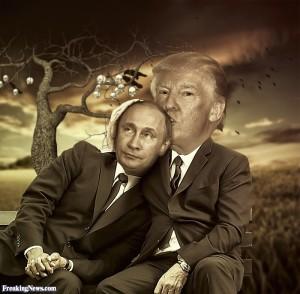 donald-trump-kissing-vladimir-putin-127247